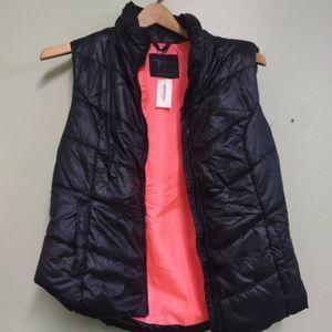  AEROPOSTALE  Puffer Vest Size Large NWT